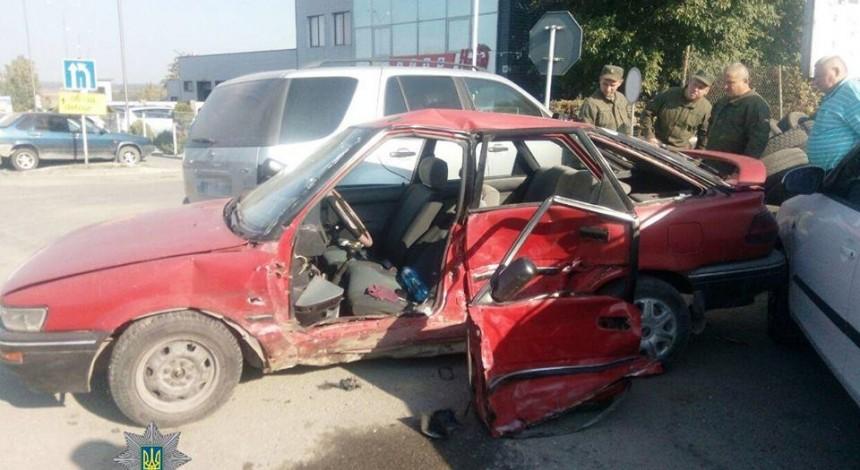 У Тернополі внаслідок ДТП пошкоджено 4 автомобілі (фото)