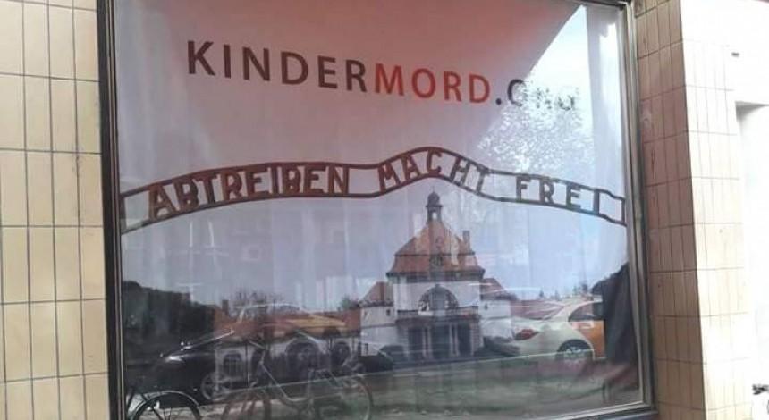 Власники магазину з Кельна постануть перед судом за порівняння абортів із Голокостом