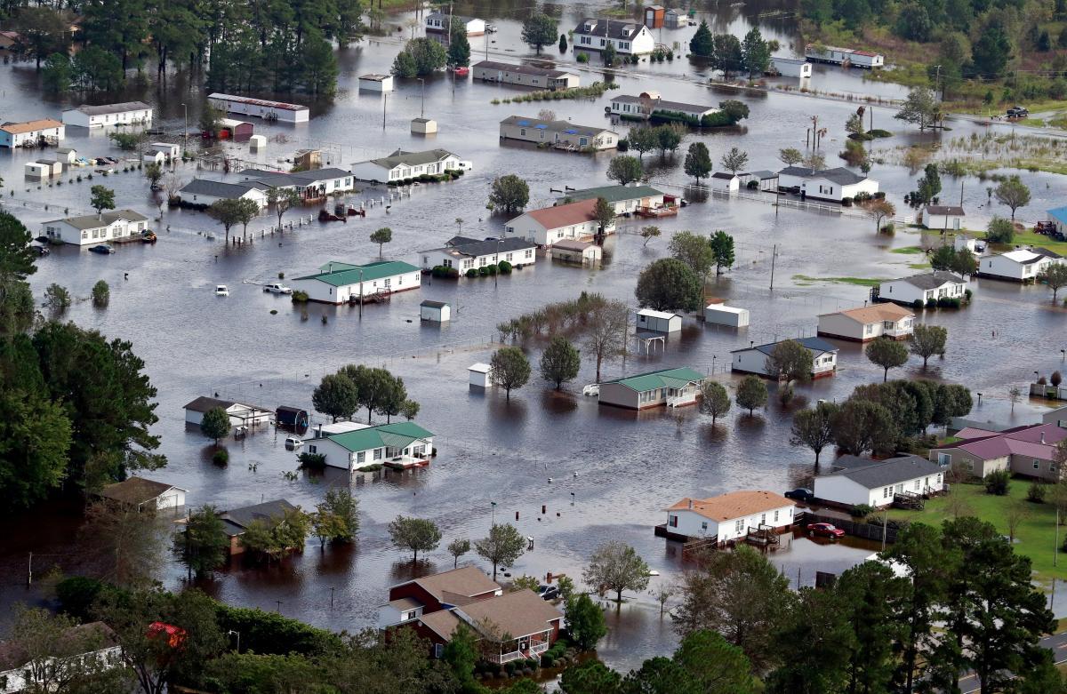 "Последствия урагана ""Флоренс"" в США / REUTERS"
