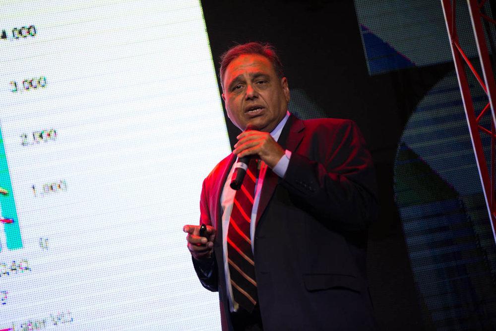 Наим Зафар подчеркнул важность внедрения в компаниях культуры инноваций/ фото delo.ua