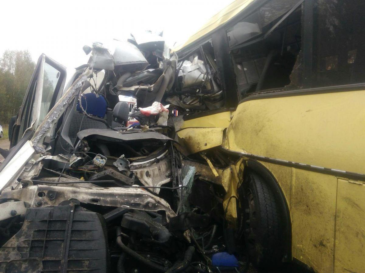 В аварії біля Некрасовоговижили тільки дві людини / фото Mash