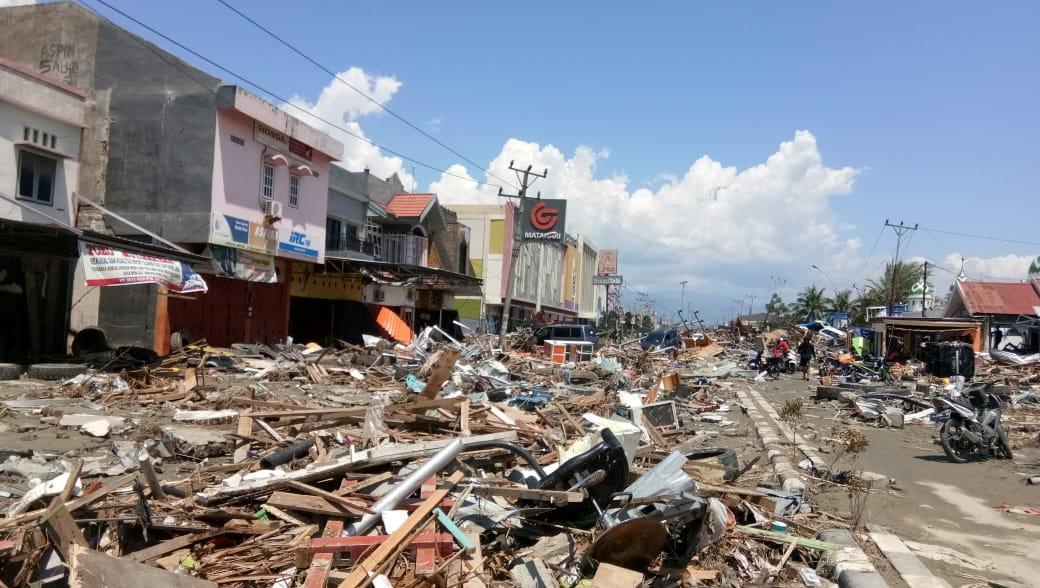 Індонезія постраждала від руйнівного землетрусу / REUTERS