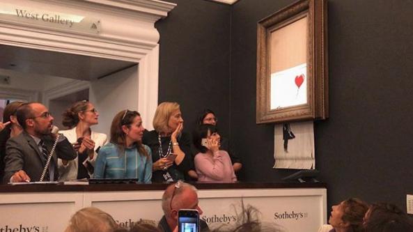 Картина Бэнкси самоуничтожилась сразу после ее покупки за млн фунтов