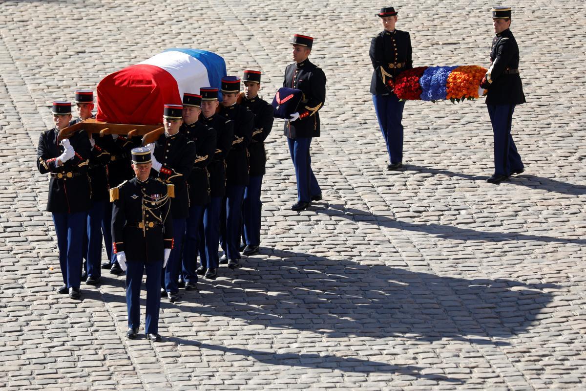 Похорон Шарля Азнавура \ REUTERS