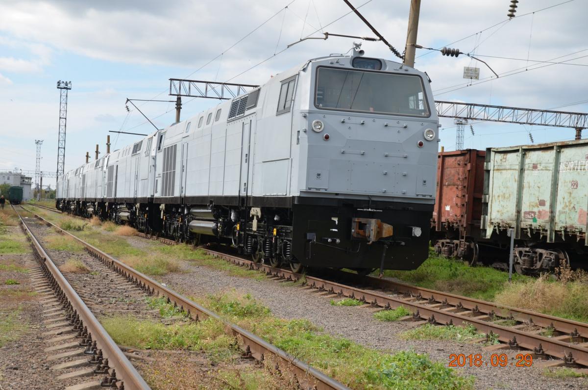 Украина хочет купить еще 15 новых локомотивовGeneral Electric /фото facebook.com/rudolf.melkumyan.3