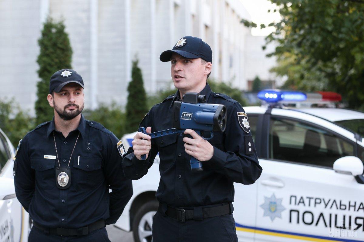 З новими радарами патрульні вже не ховатимуться по кущам / фото УНІАН