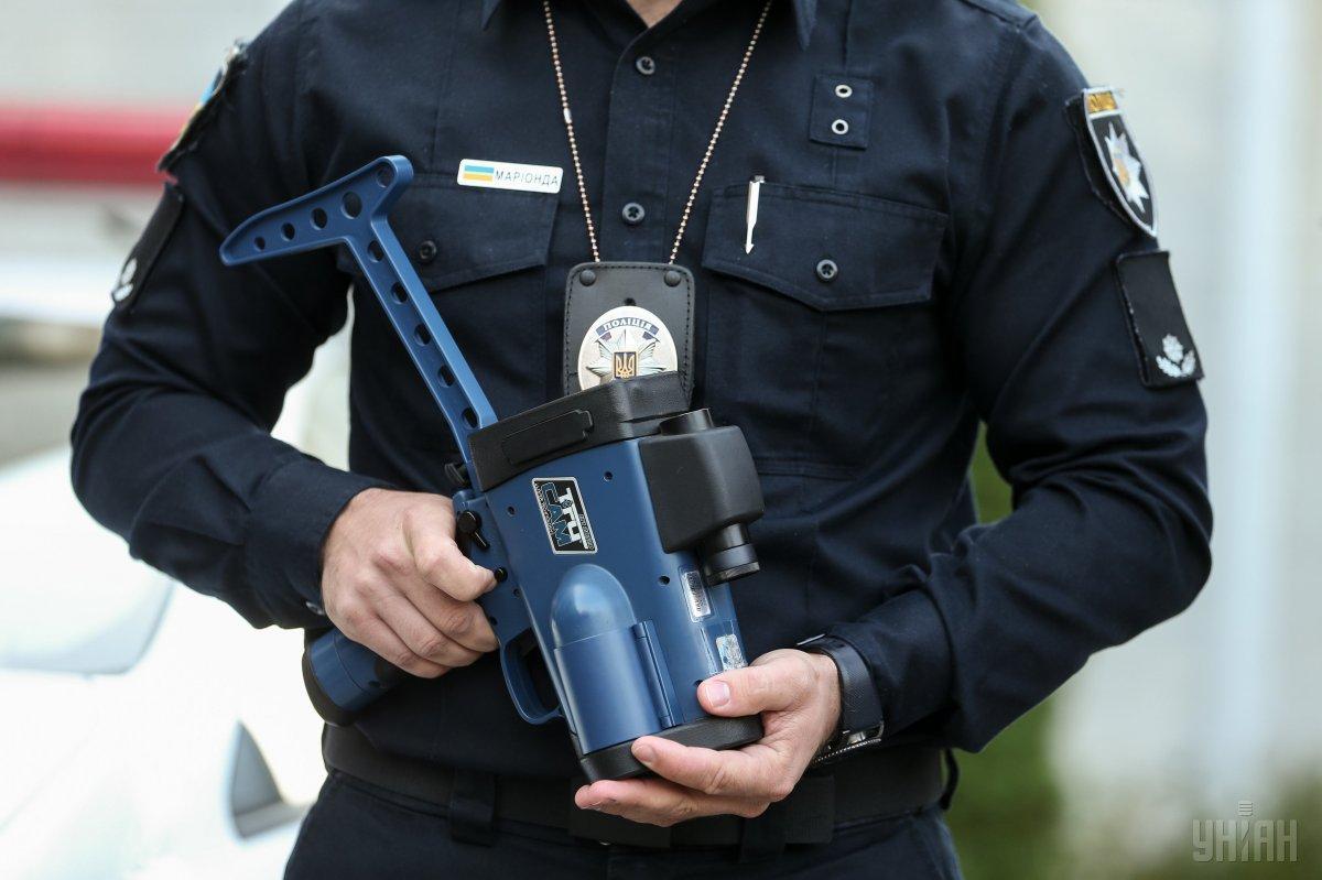 Поліцейськівимірюватимуть швидкість руху на 186 ділянках / фото УНІАН