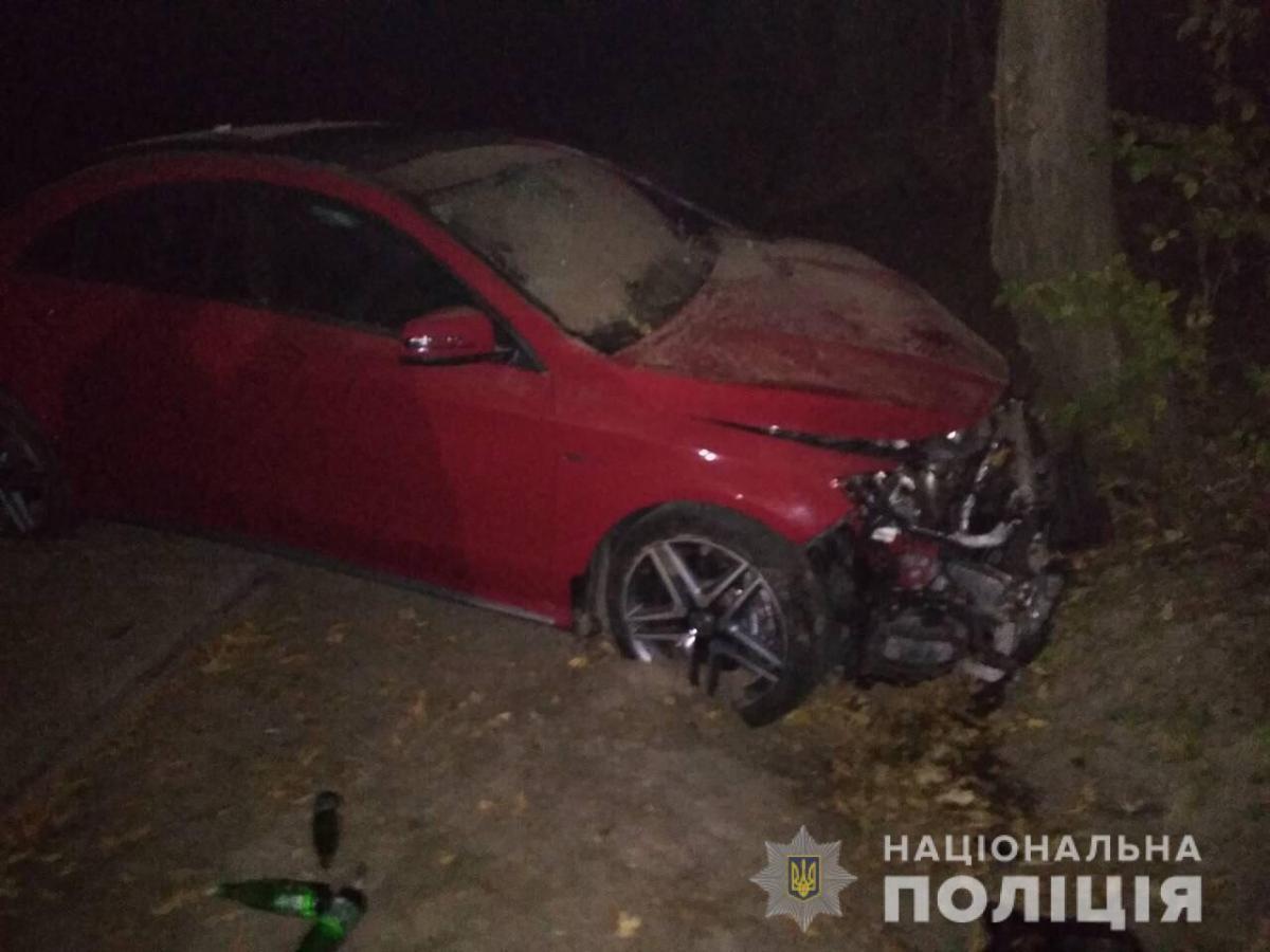 Під час ДТП тілесні ушкодження отримали п'ятеро осіб / фото lv.npu.gov.ua