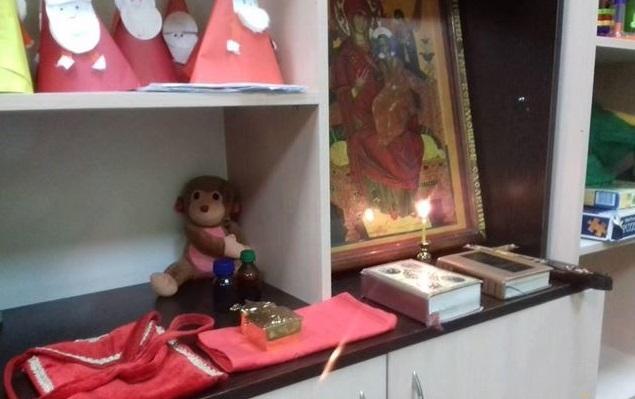 Священик причастив онкохворих пацієнтів / orthodox-kr.org.ua