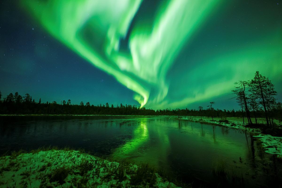 Где посмотреть северное сияние - выбор не простой / REUTERS