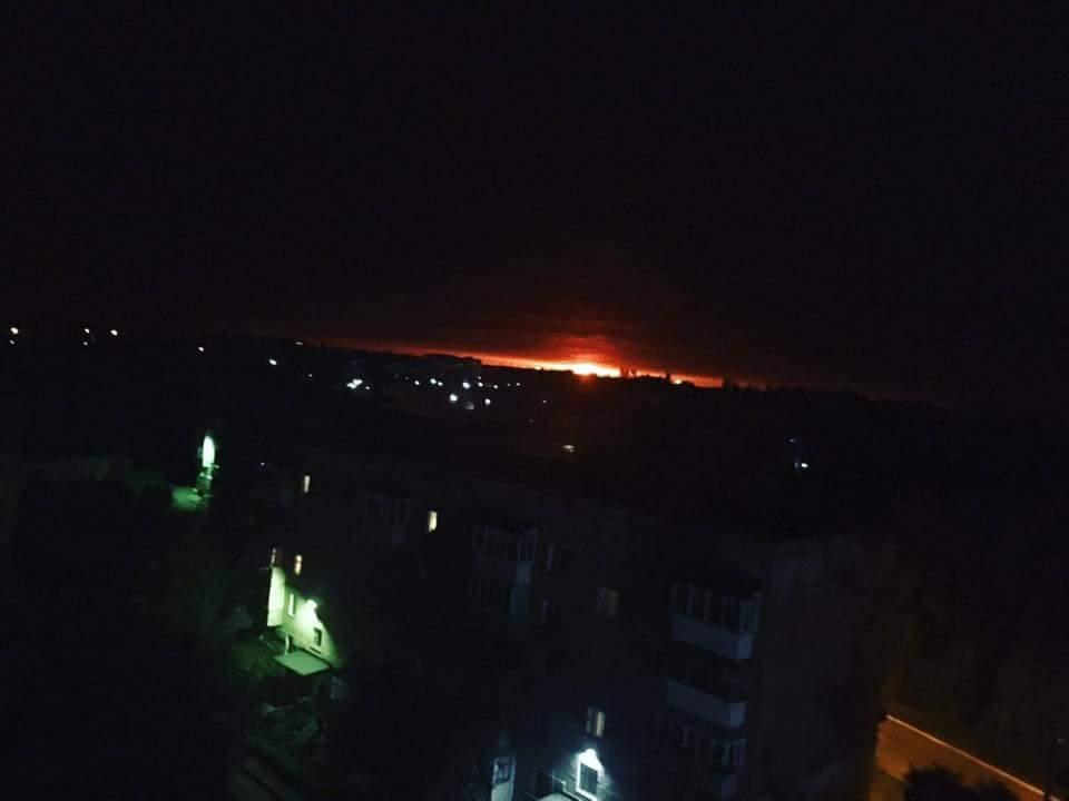 Вибухи на Чернігівщині розпочалися сьогодні вночі / фото twitter.com/alabriella