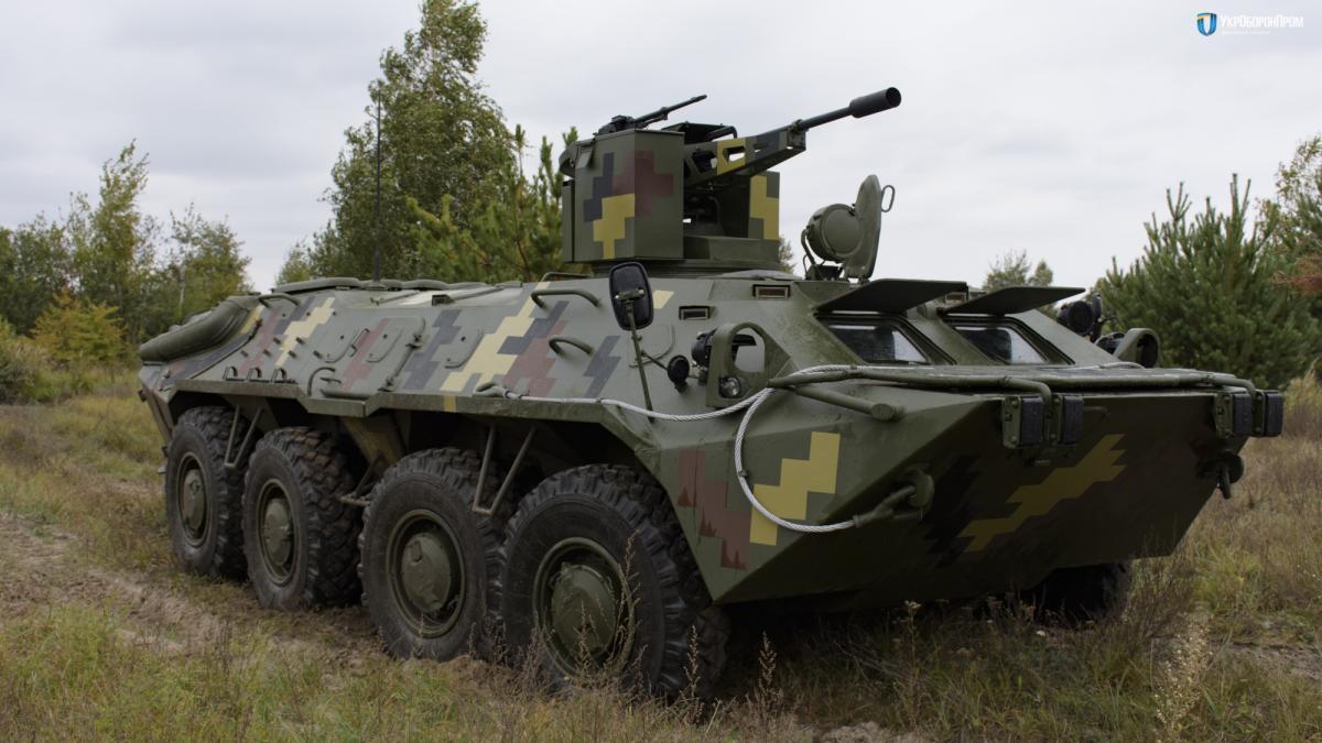 БТР-70Д(GM) отримав нові двигуни від General Motors / фото ukroboronprom.com.ua