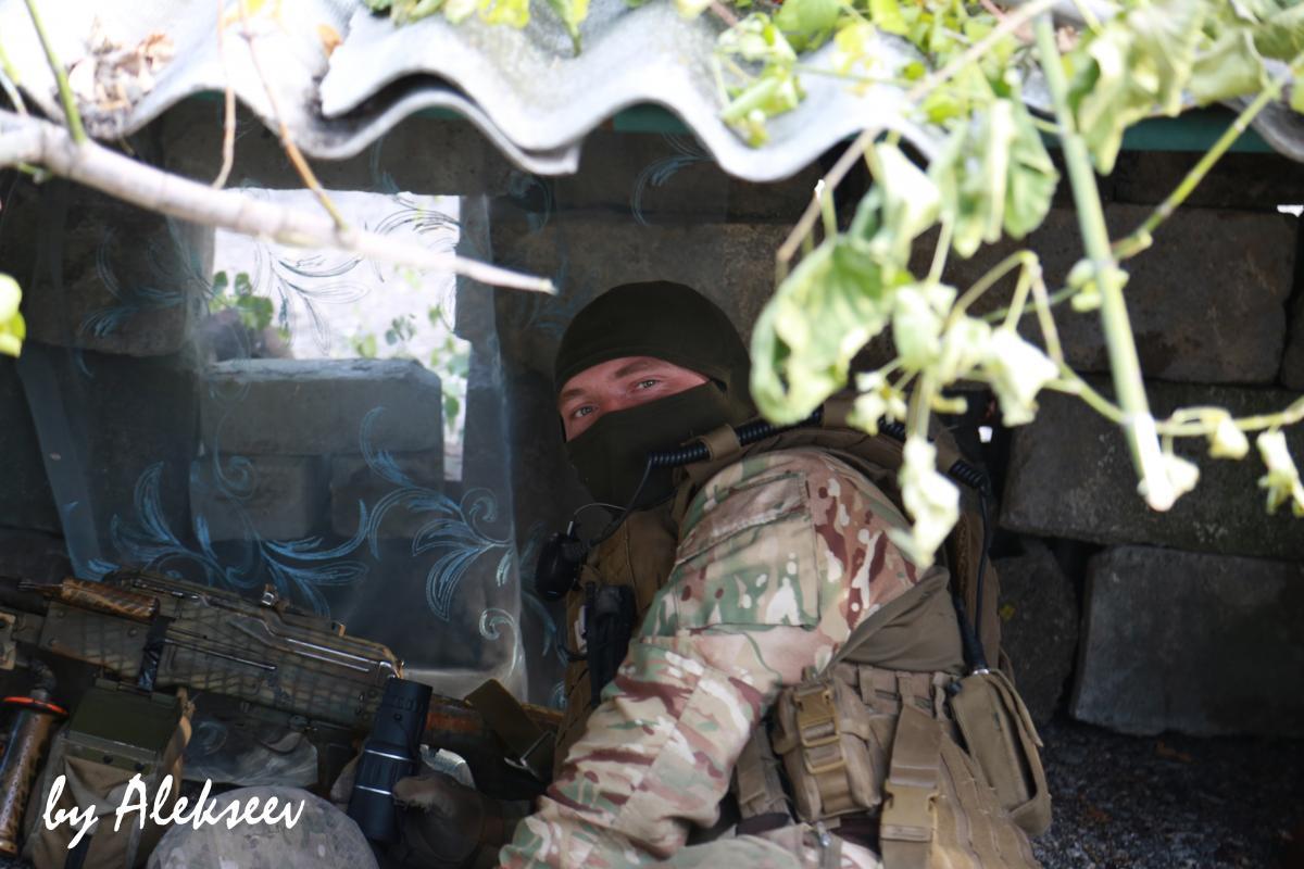 За минувшие сутки на Донбассе двое военнослужащих получили ранения / фото Alekseev