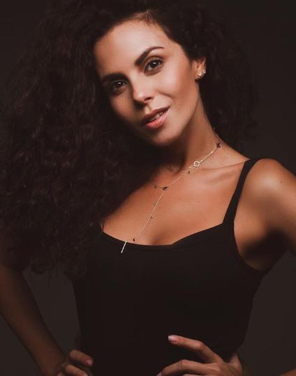 Співачку звинуватили в надмірному захопленні фотошопом / Instagram Настя Каменських