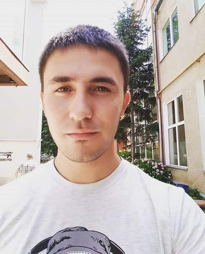 Сергею Дронову было 20 лет / фото facebook.com/backandalive