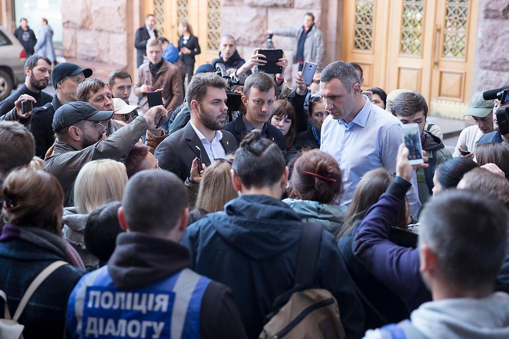 Кличко: Ми не допустимо затягування питання музею на Поштовій та руйнації знахідок / kiev.klichko.org