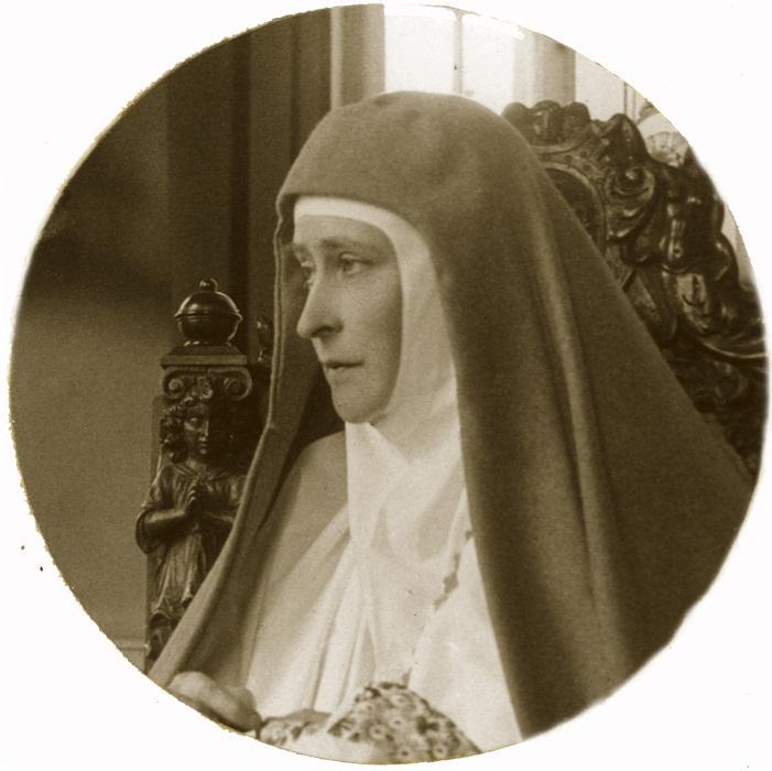 Елизавета Федоровна — настоятельница Марфо-Мариинской обители, 1915 год.