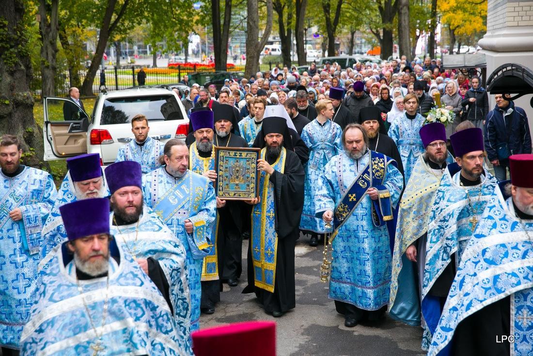 Чудотворна ікона Божої Матері «Знамення» Курсько-Корінна 5 днів перебувала в Латвії / pareizticiba.lv