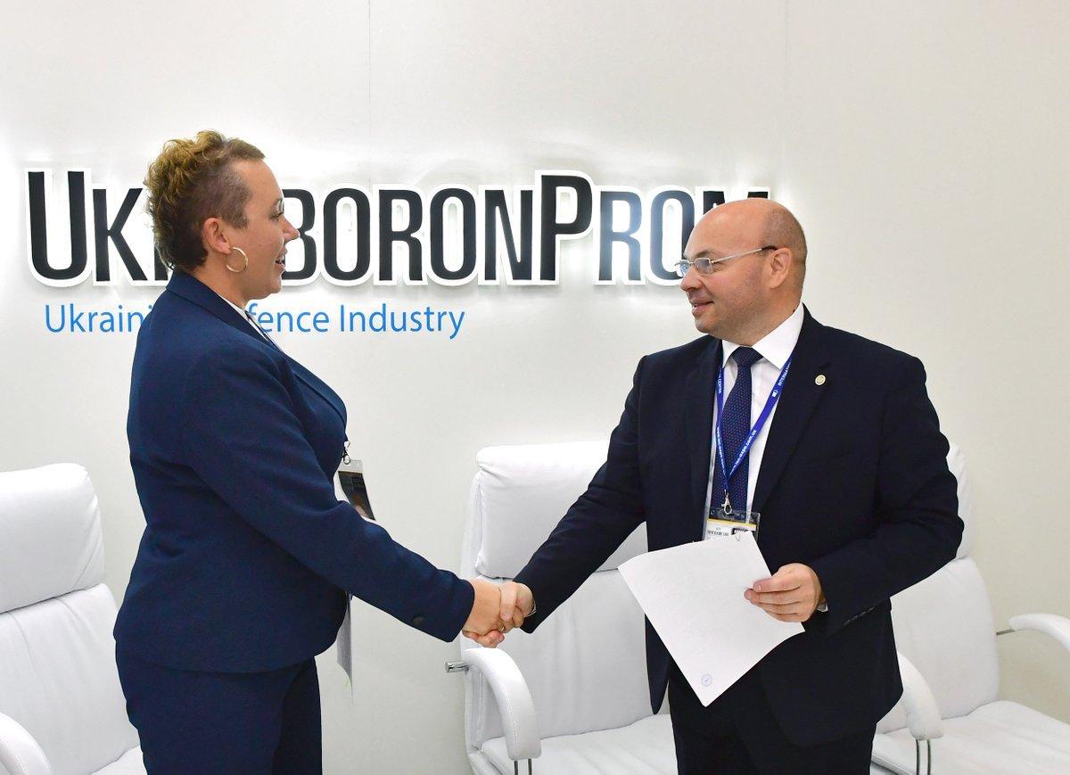 Украина и Молдова договорились о поставках оружия и техники / фото ukroboronprom.com.ua