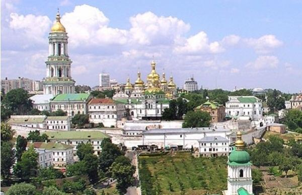 На Покрова прихожан Киево-Печерской лавры попросили весь день быть в монастыре / foma.in.ua