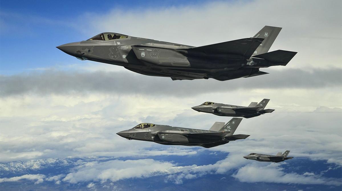 Истребители F-35 / фото Wikimedia Commons