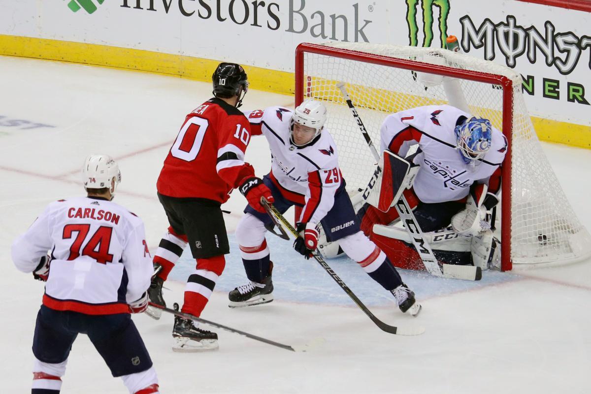 Вашингтон пропустив шість шайб у матчі з Нью-Джерсі / Reuters