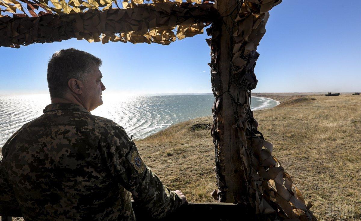 За время военного положения усилены оборонительные возможности ВСУ и проведена передислокация подразделений, заявил Порошенко / фото УНИАН