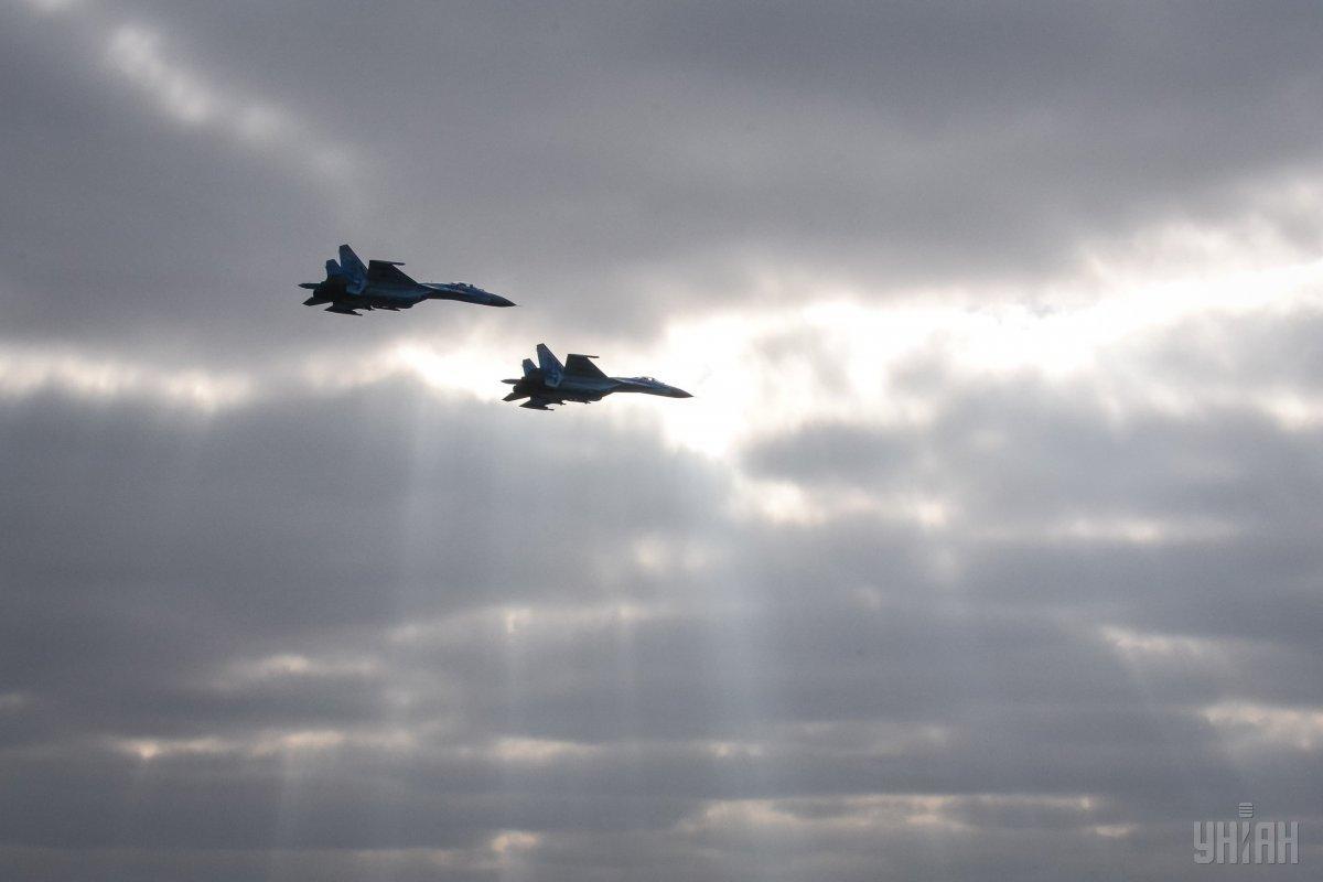 """У Росії відповіли, що військові здійснювали """"плановий політ над нейтральними водами"""" / фото УНІАН"""
