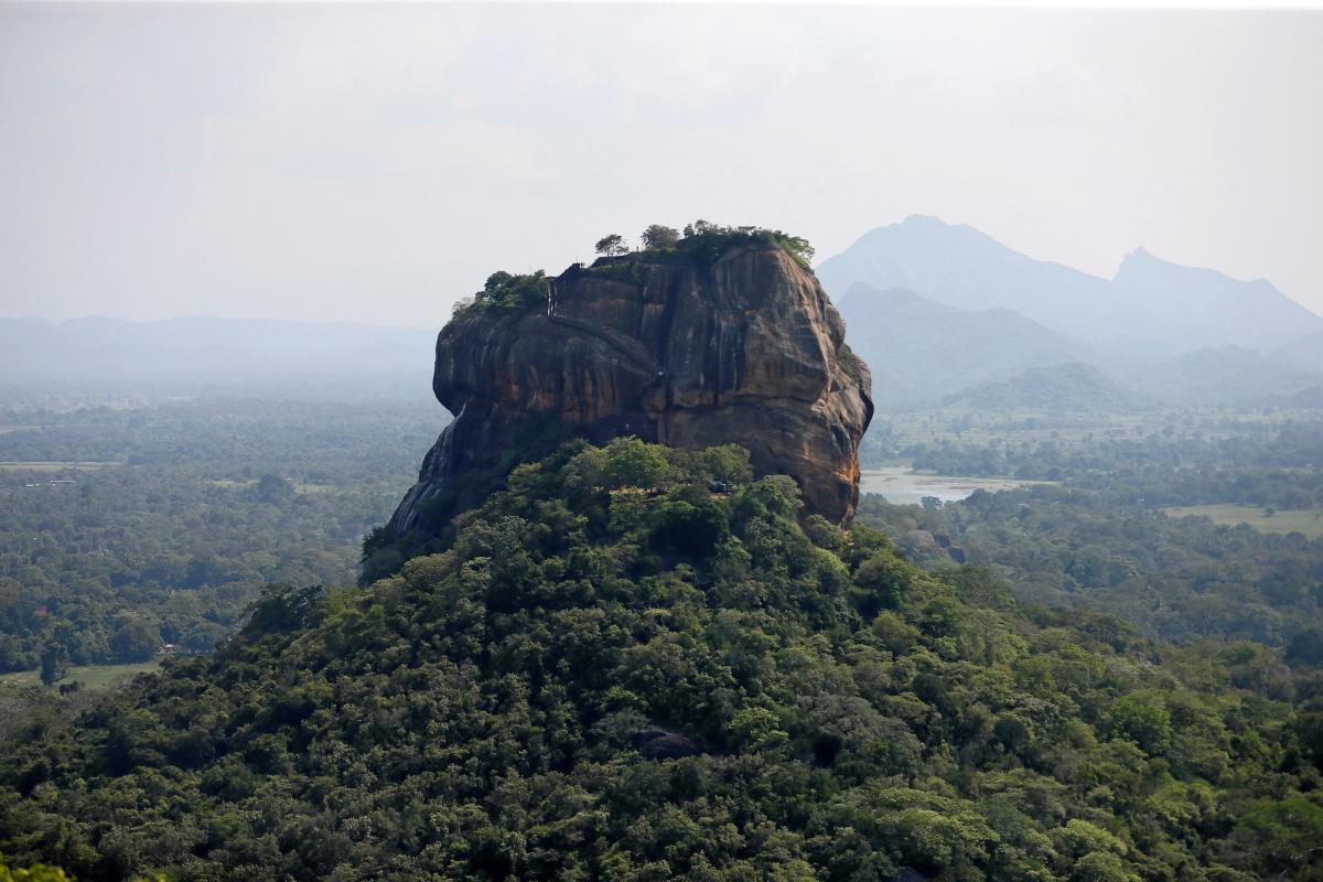 Шри-Ланка возглавила топ-10 стран для посещения в 2019 году / Иллюстрация REUTERS