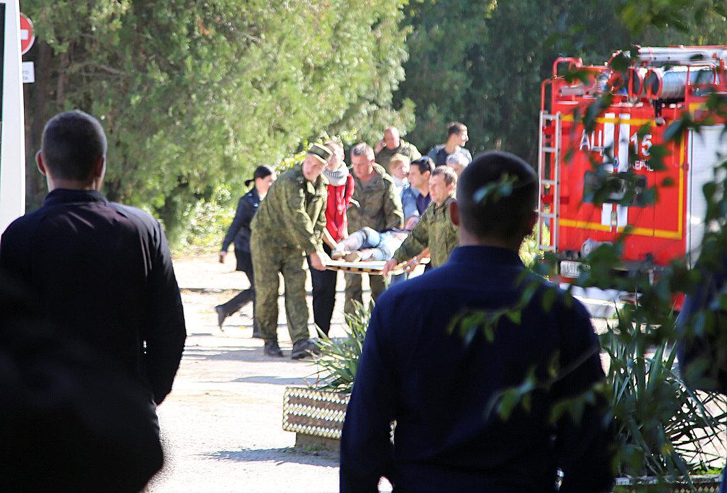 Полиция провела обыск вквартире стрелявшего вКерчи студента