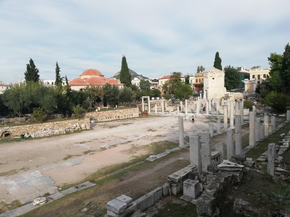Афинаская агора стала излюбленным местом туристов / Фото Марина Григоренко