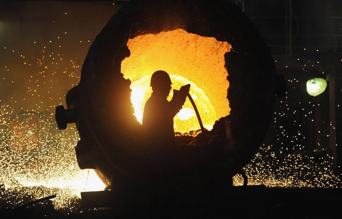 Вгосударстве Украина ускорилось падение промпроизводства