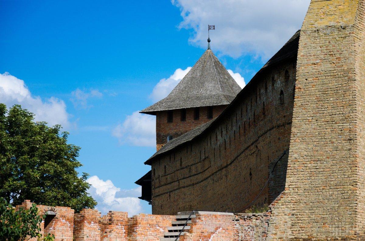 Мури замку Любарта / Фото УНІАН
