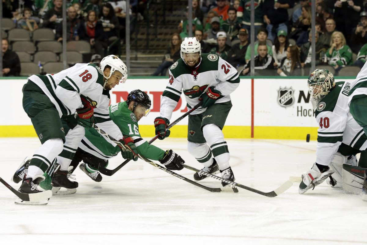 Даллас проигра Миннесоте в матче регулярного чемпионата НХЛ / Reuters