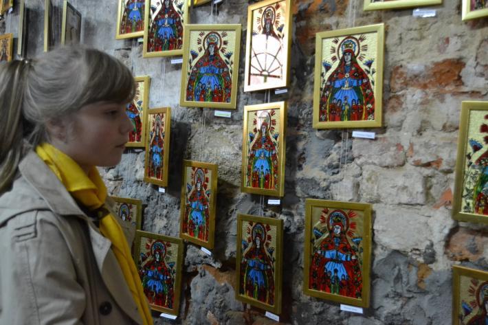 В течение двух недель продлится благотворительный аукцион / religion.in.ua