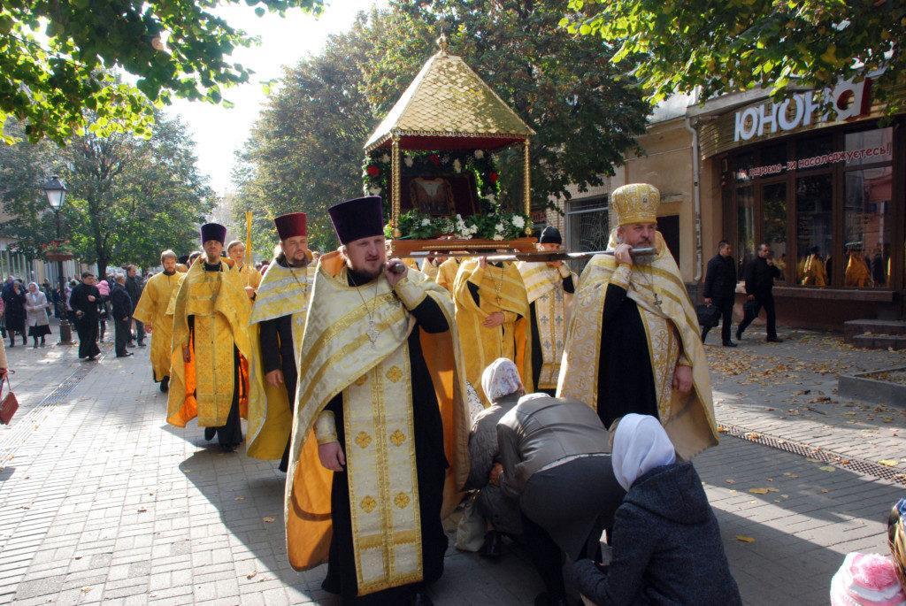 Верующие во время шествия возносили молитвы о сохранении единства Церкви Христовой / volyn.church.ua