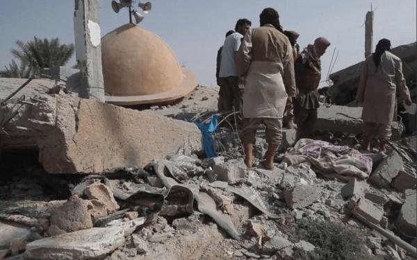 В результате авиаудара по мечети погибли десятки человек / islam-today.ru