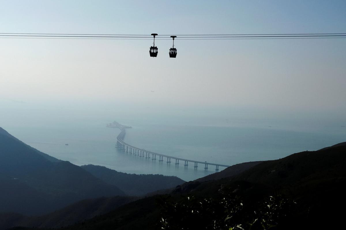 Самый длинный мост в Китае / REUTERS