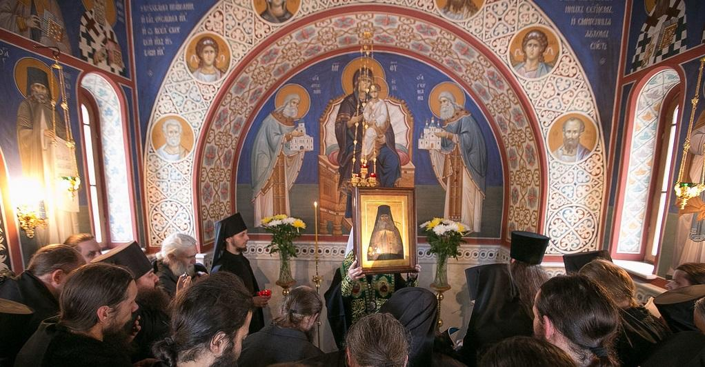 Наместник Святогорской Лавры совершил молебен преподобному Арсению / svlavra.church.ua