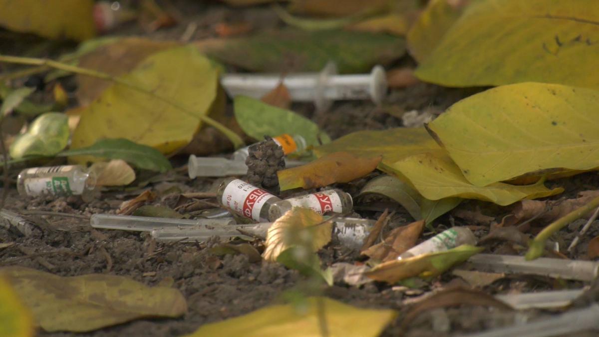 За останні десять років кількість людей, що вживають наркотики, зросла на 22% / фото REUTERS