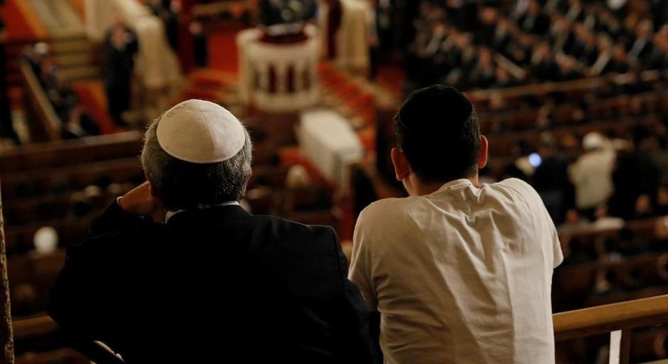 Во Франции усилены меры безопасности в синагогах / dw.com