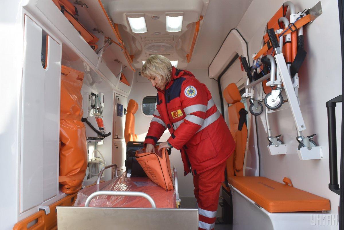 П'яна жінка напала на фельдшера швидкої допомоги \ фото УНІАН