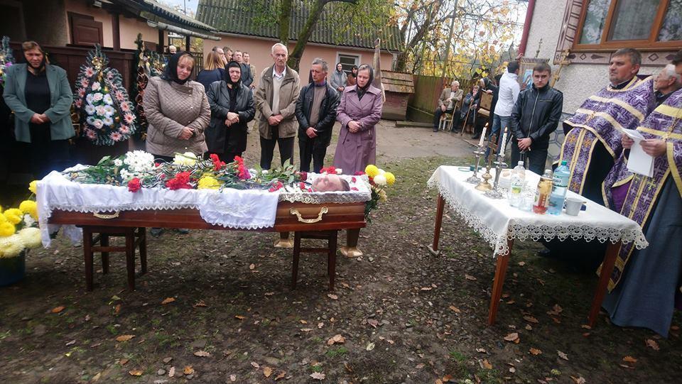 На Закарпатье отпели погибшего участника боевых действий / news.church.ua