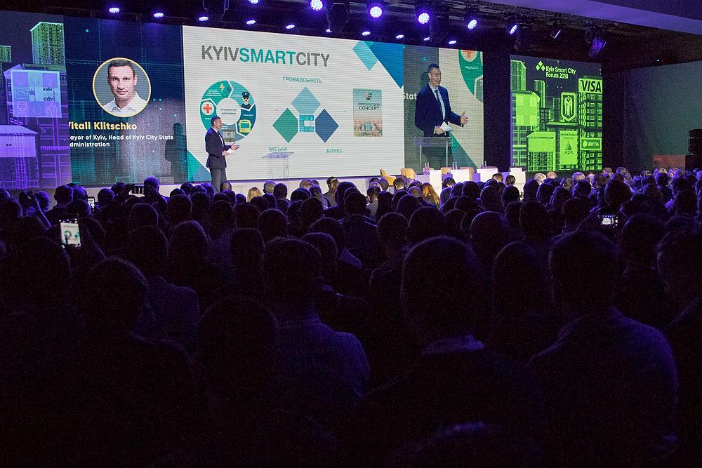 Кличко: завдяки запровадженню електронних закупівель КМДА зекономила для киян майже 4 млрд грн / kiev.klichko.org