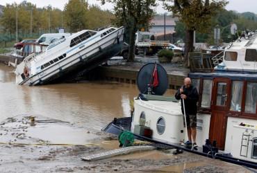 Наводнение на юге Франции: в пострадавших районах продолжается эвакуация