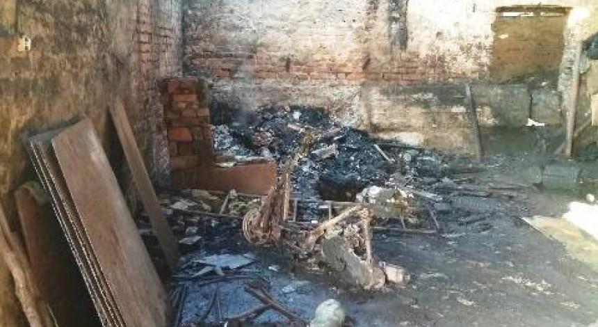 На Житомирщині під час пожежі на підприємстві з виготовлення деревного вугілля загинули двоє працівників