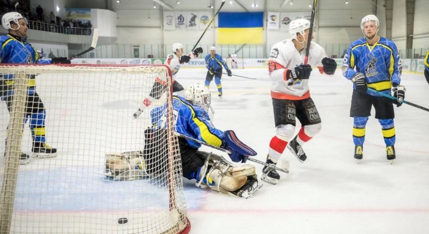 «Кременчук» наносит «Днепру» первое поражение в сезоне УХЛ в основное время