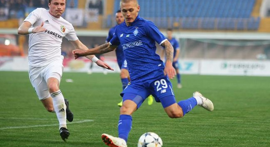 Динамо обіграло Ворсклу в гостьовому матчі Прем'єр-ліги