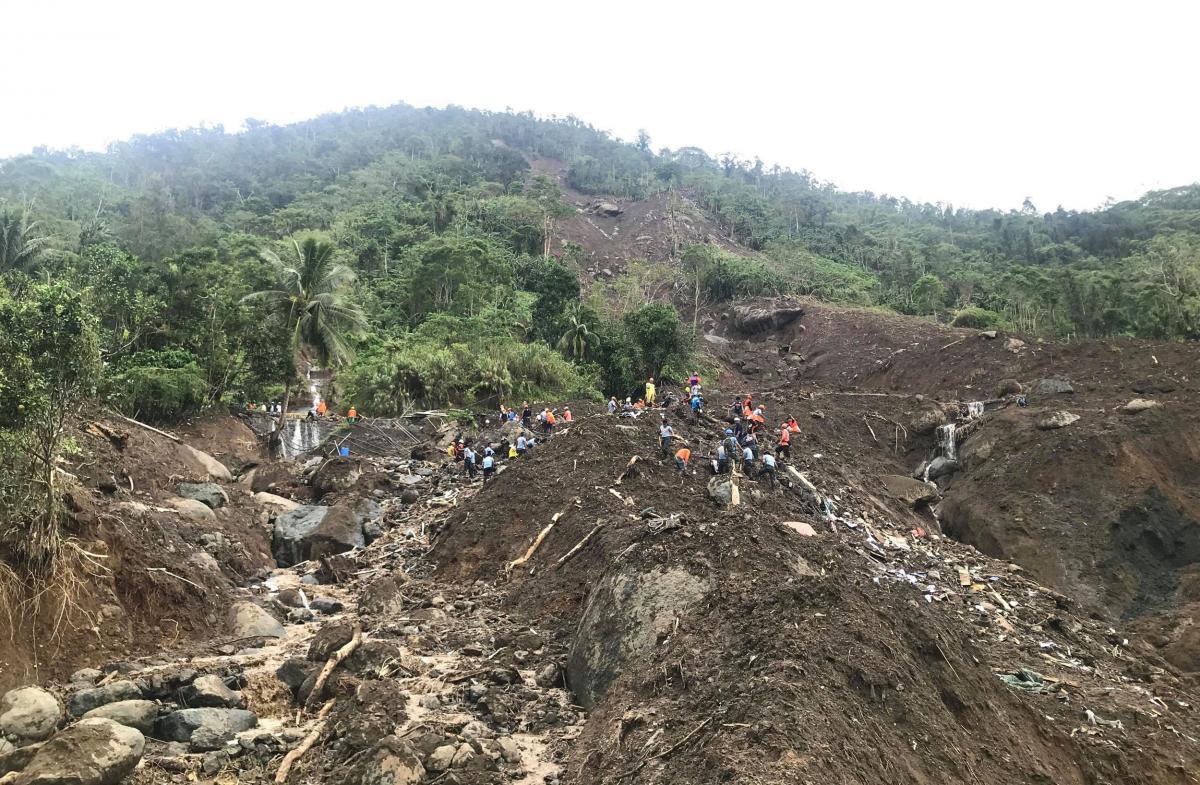 13 людей загинули на Філіппінах в результаті сходу зсувів / REUTERS