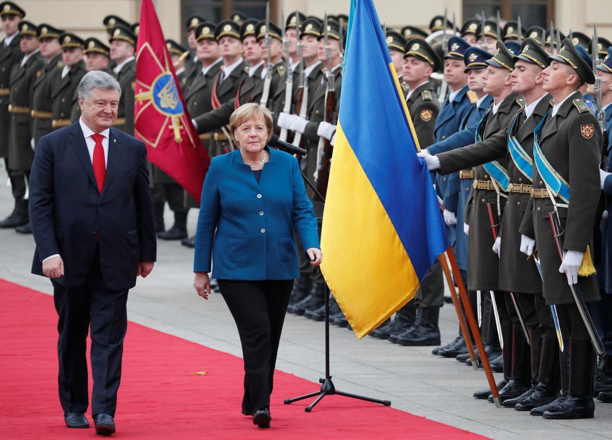 Петр Порошенко и Ангела Меркель в Киеве / REUTERS